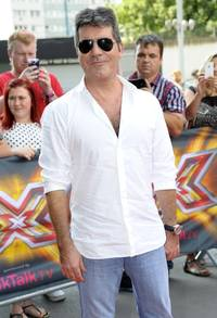Simon Cowell Rejects 'Gay' Claims as Tulisa's Trial Collapses