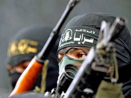 world view: hamas troop numbers grow as israeli ground offensive widens